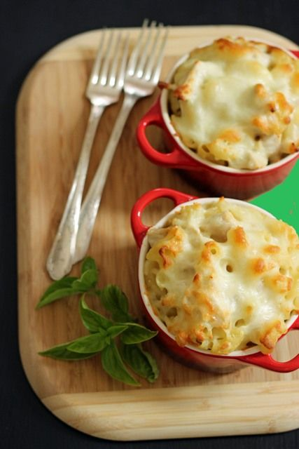 Alfredo Mac and Cheese - easy and make ahead, this garlicky, cheesy dish is a perfect comfort on winter days.