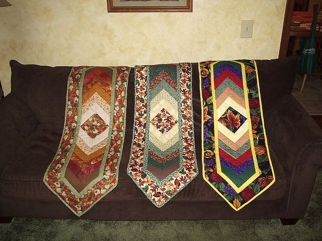 Braid Quilt Pattern Table Runner : Braid Table Runner pattern by G.E. Designs Quilts - French Braid Pinterest Photos, Table ...