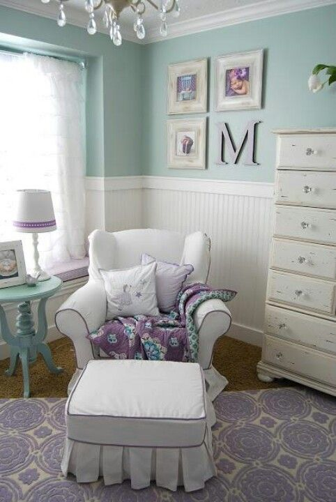 Purple and mint room!  These colors would be pretty for a baby room