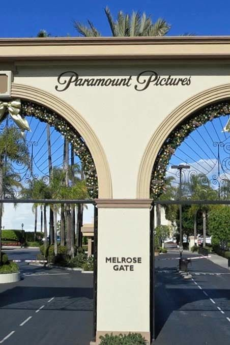 L.A. Do the Paramount Studio Tour You've driven by it a million times, but wouldn't the movie lover in you like to see the huge soundstages, movie props and fake locations (look, it's a New York City street!) behind the glam entry arches?  Bike Around the L.A. Boardwalk You know all those chill peeps with the wind in their hair, piloting a beach cruiser on the boardwalk between Venice Beach and the Santa Monica Pier? That could be you, with a rental bike and an hour to kill.