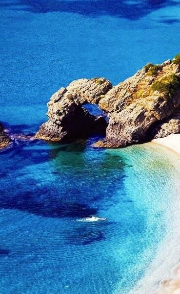 ATHNICO: EVIA ISLAND.KALAMOS BEACH.GREECE. … an option for our free day at the conference…hmmmm