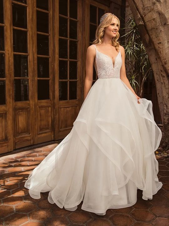 Offwhite Bride Wedding Dress Shopping Wedding Dresses Ball Gown Wedding Dress