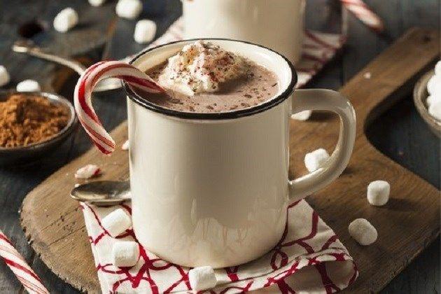 Ken jij dit winterdrankje met rode wijn en chocolade al? - Het Nieuwsblad: http://www.nieuwsblad.be/cnt/dmf20161019_02527453?_section=11866559