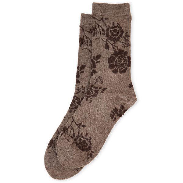 Natori Monotones Cashmere-Blend Crew Socks (895 RUB) ❤ liked on Polyvore featuring intimates, hosiery, socks, beige, cashmere blend socks, beige socks, crew length socks, crew cut socks and ribbed socks