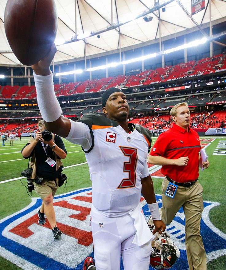 Jameis Winston : Best images from NFL Week 1