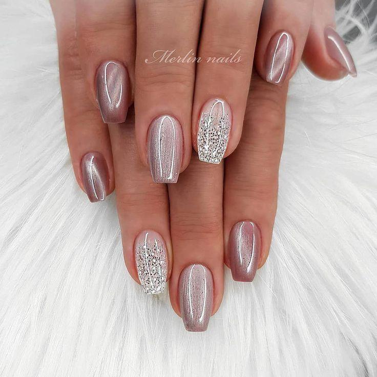 Stylische Nägel sind wild und mutig. Sie sind oval geformte Nägel, die mehr Spitze sind … – acrylic nails rounds