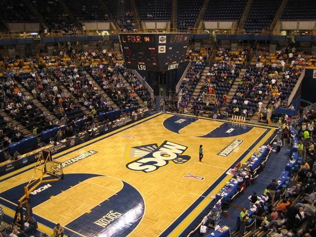 mckenzie arena in chattanooga - home of ut-chattanooga mocs
