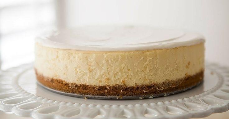 Dokonalý cheesecake s malinovou polevou – krok za krokem