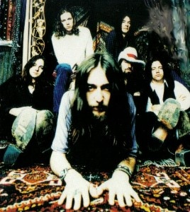 Google Image Result for http://www.chadrieder.com/blog/wp-content/uploads/2009/03/the-black-crowes-268x300.jpg