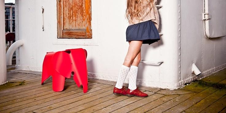 eames elephant vitra eames elephants pinterest. Black Bedroom Furniture Sets. Home Design Ideas
