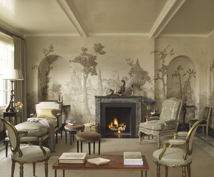 Grisaille mural (painted) from the NYC apartment of Suzanne Rheinstein.  Suzanne-Rheinstein-interior.jpg 1,000×828 pixels