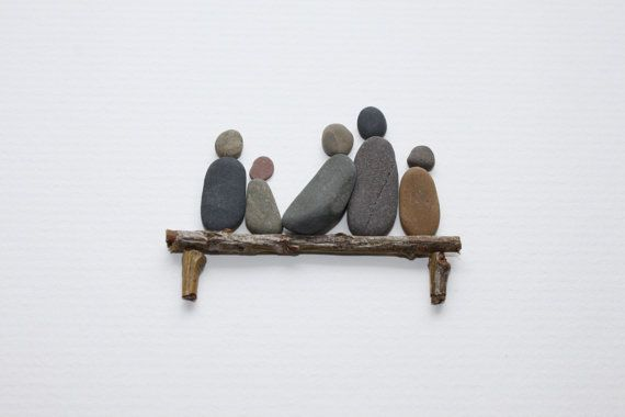 http://www.kireei.com/pebble-art/                                                                                                                                                                                 Más