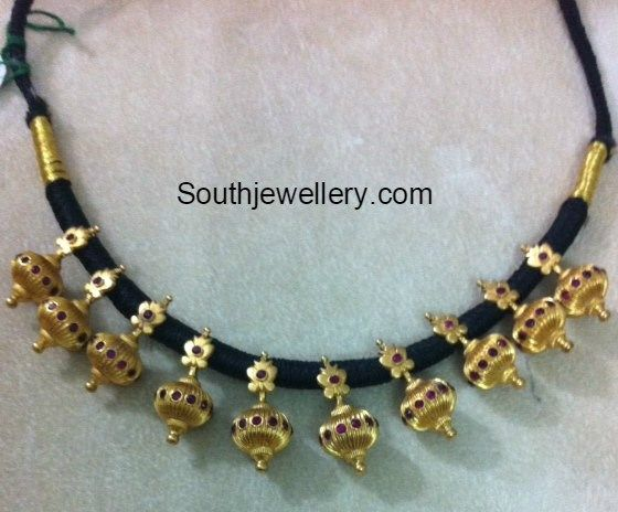 black_dori_thread_gold_necklace