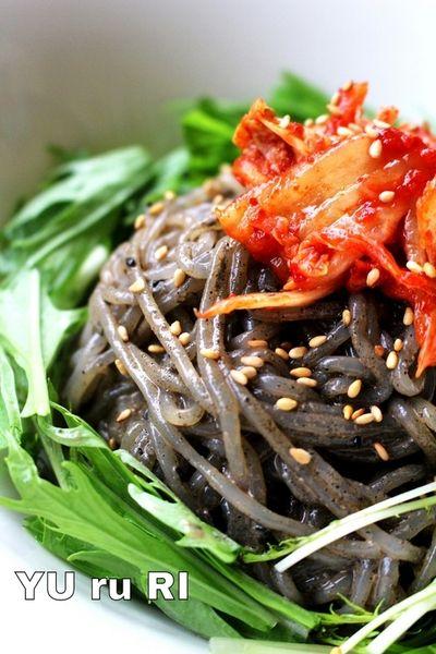 たった200kcal!?しらたきを使ったダイエット麺レシピ   くらしの ... しらたきで黒ゴマビビン麺