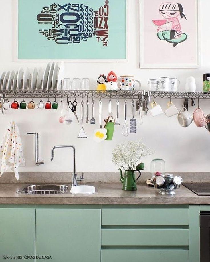 Bom dia com essa cozinha cheia de estilo 😍✨ Autor desconhecido