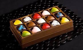 Resultado de imagen para caja de bombones de chocolate