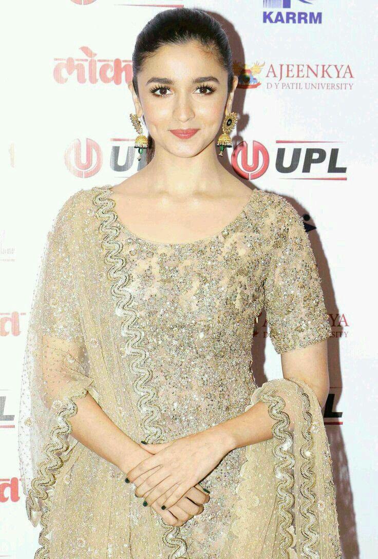 Aaliya Bollywood Celebrities Alia Bhatt Bollywood Fashion