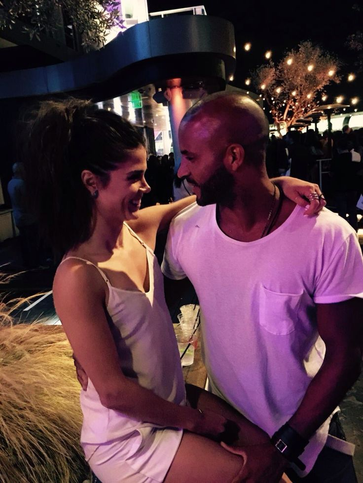 Ricky Whittle and Marie Avgeropoulos
