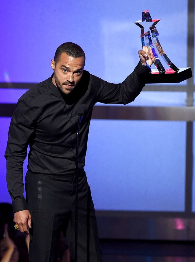 """This was the BEST moment for me..Jesse Williams ✊🏾✊🏾👏🏾👏🏾 """"Now, this award, this is not for me, this is for the real organizers all over the country, activist civil rights attorneys, the parents, the teachers, the students who are realizing that a system built to divide and impoverish and destroy us cannot stand if we do. All right?"""" he explained. """"It's kind of basic mathematics, the more we learn about who we are and how we got here, the more we will mob"""