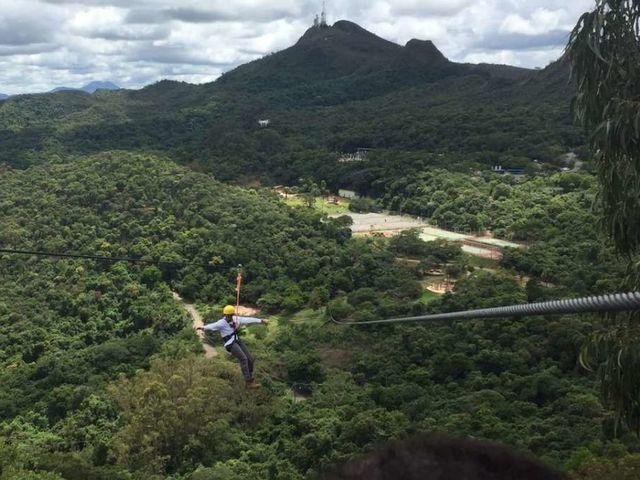 Uma tirolesa de 800m em pleno Parque das Mangabeiras!!!!