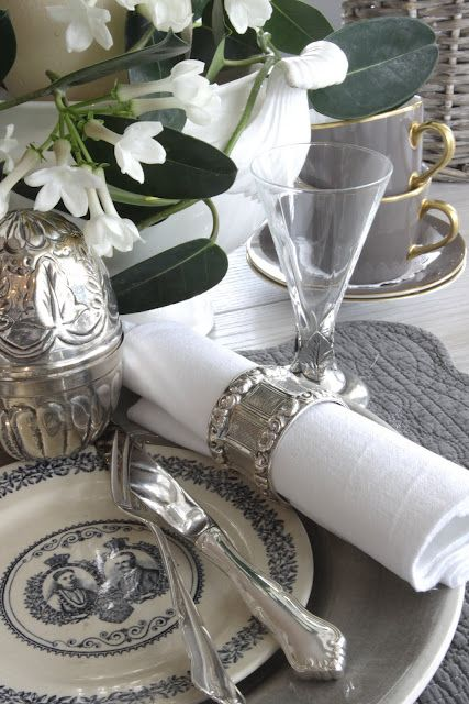 La Maison Gray Silver Grey And White Table Setting