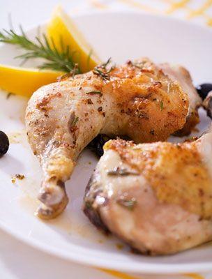 Ropogós csirkecomb tepsis krumplival | femina.hu