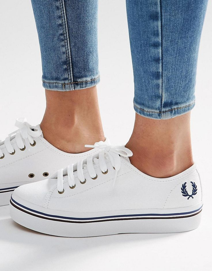 Favorite sneakers: platform white tennis shoes with platform from Fred Perry | @ShoeTease picks