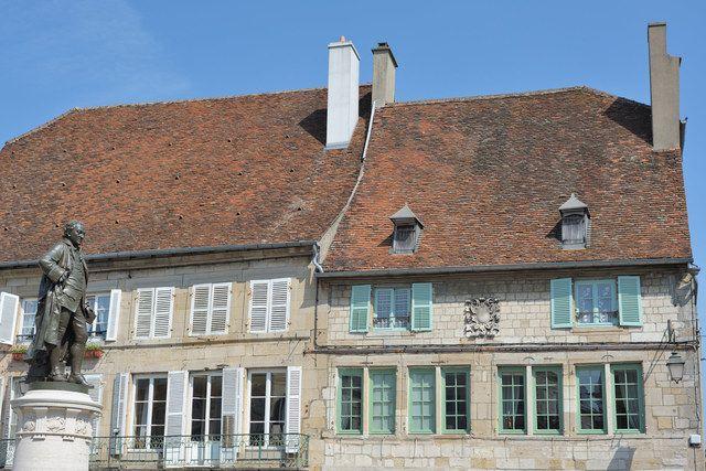 Maison natale de Diderot à Langres (maison de droite)