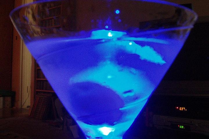 Windex MartiniWindex Martinis, Blue Curacao, Vodka 12, Triple Sec, Martinis Recipe, Limes Juice, Oz Vodka, Blue Drinks, Oz Blue