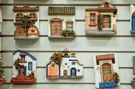 Resultado de imagen para casitas de ceramica para colgar