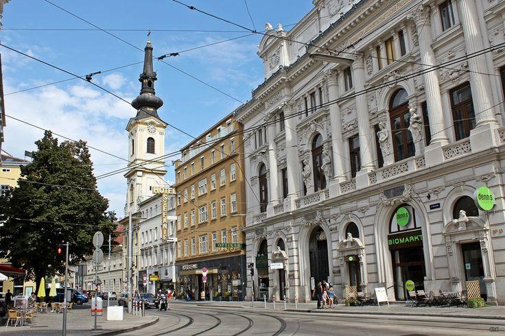 Ein traditionsreiches und sehr zentrales Hotel im 2 Bezirk, der Leopoldstadt in Wien ist das Schick Hotel Stefanie. http://wp.me/p5v5CK-1Js