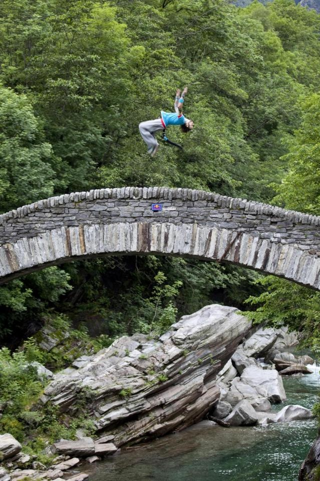 Red Bull Art of Motion, Ticino