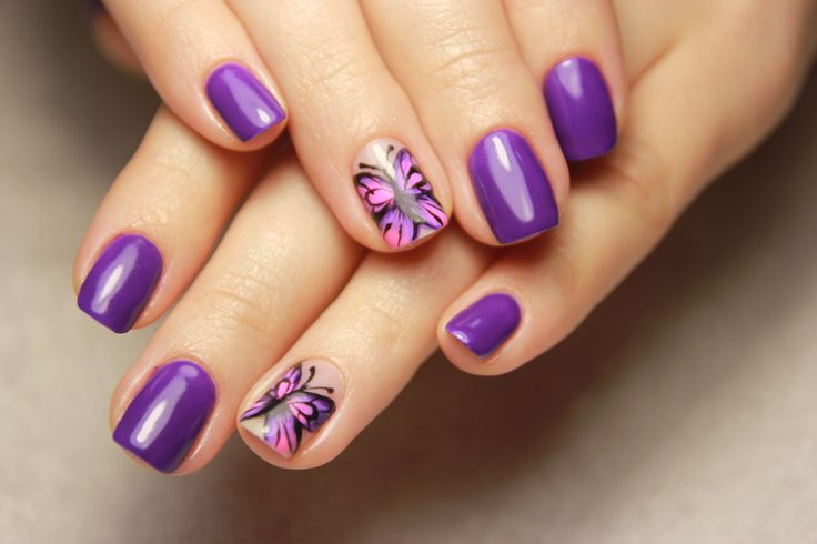 Гель-лак. Бабочка на ногтях.