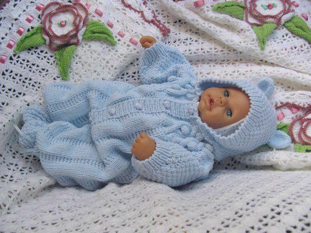 Вязаные костюмчики для новорожденных на выписку