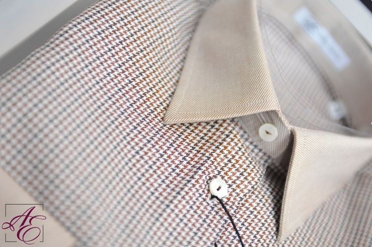 Last chance to ask Santa for the perfect gift :) Choose the wonderfully textured brown #shirt from our #Creative #Business collection, for a relaxed, confy look: http://www.alisiaenco.com/camasi/creative-business/camasa-maro-cu-guler-si-mansete-crem