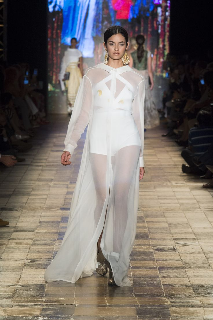 Silvia Tcherassi SS2017  Kaftan inspired ethereal tunic shirt dress