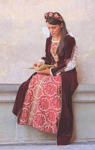 Mediveal time - girl portrait taken by me. Canon, Pistoia