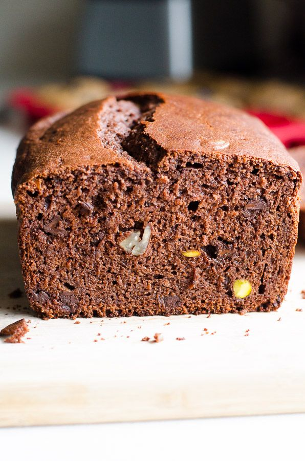 Healthy Bundt Pan Chocolate Cake Without Nuts