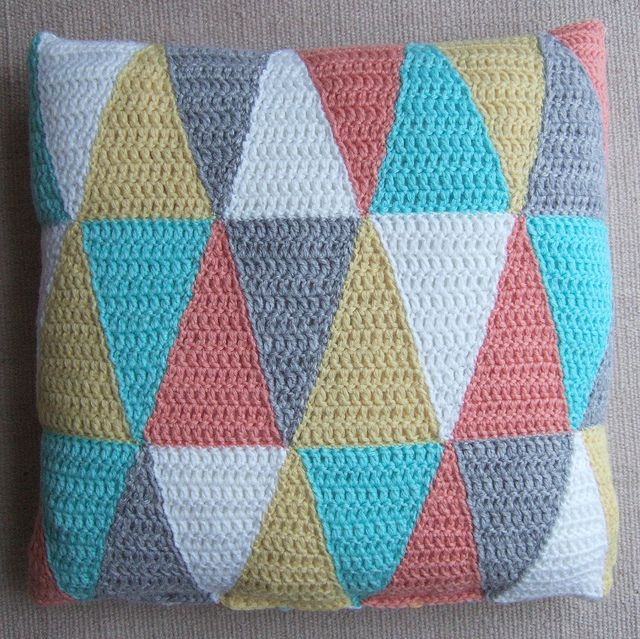 Triangle pillow by solgrim, via Flickr. Free pattern.