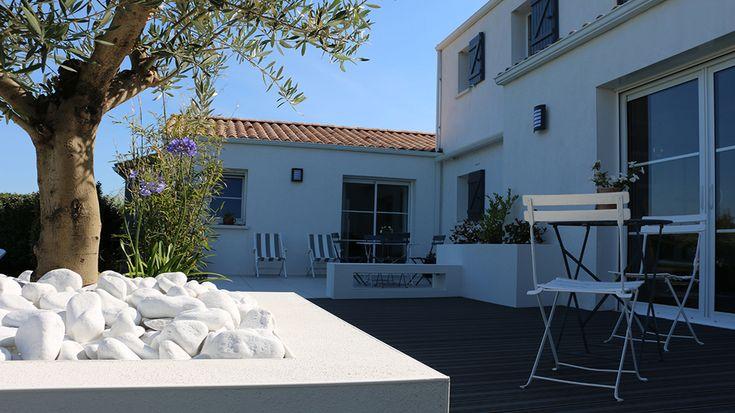 Avant apr s moderniser l espace ext rieur d une maison for Etancheite terrasse avant carrelage