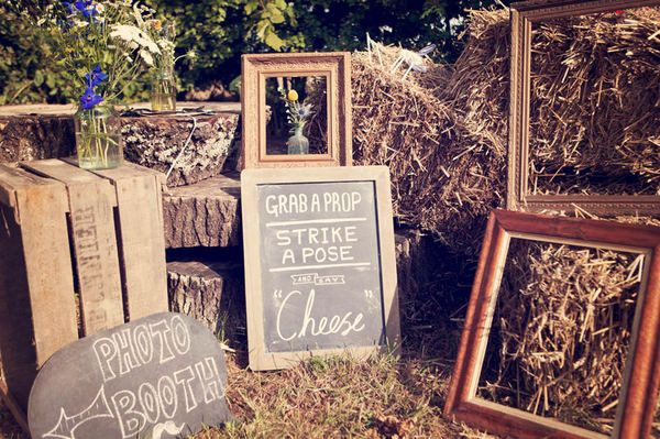 "Cool outdoor/cheap ""photo booth"" (I could totally see a photo booth at your wedding dude!!)"