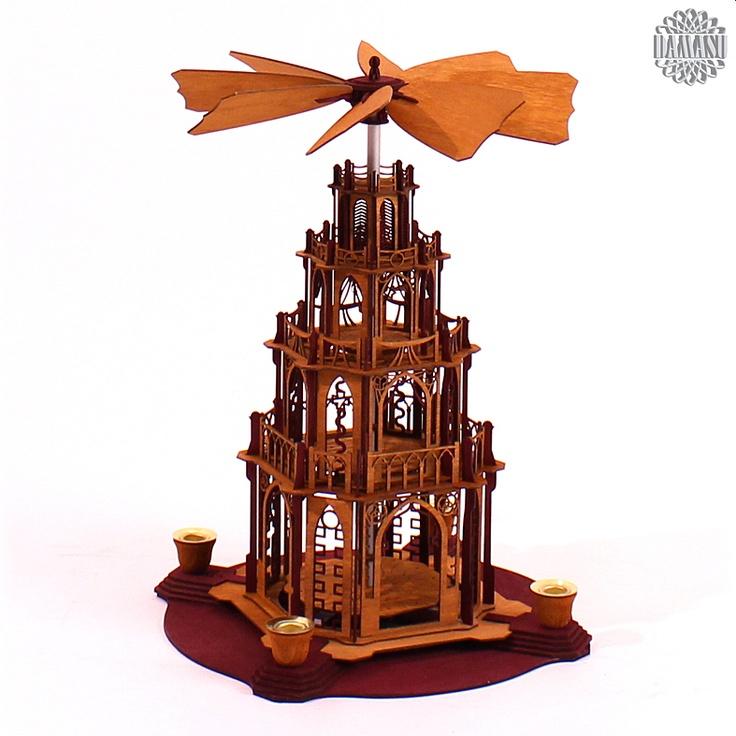 Ein Meisterstück zum selber bauen!  Unsere gotischen Weihnachtspyramiden gibt es jetzt auch als Selbstbausatz. Das gotische Bauwerk mit Figurentellern und dem raffinierten automatischen Flügelrad ist eine echte Herausforderung. Aber an Aufgaben kann man wachsen und wir helfen gern (0173 3666 223).  Alle Holzteile sind hellbraun oder bo... DAMASU - Holzkunst aus dem Erzgebirge, www.damasu.de, 01733666223 http://www.damasu.de/ART_BS_PYG3RH BAUSATZ DOMPYRAMIDE 3STOECKIG BORDEAUX HELLBRAUN.PHP