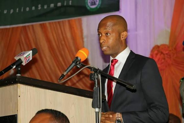 Failed campaign promises is also Corruption   The Speaker of the Akwa Ibom state House of Assembly Barr. Onofiok Luke has said that failure to fulfil promises made during campaigns by politicians and political parties is also corruption. He said this on Tuesday during the Akwa Ibom state anti-corruption summit calling on anti-corruption agencies in the country to consider prosecuting politicians who get to public offices and abandon their promises to the masses.  Everytime we talk about…
