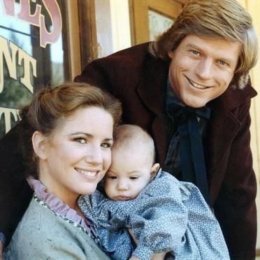 Mellissa Gilbert and Dean Butler  who played Laura and Almanzo in Little House on The Prairie