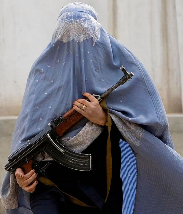 "ISIS bans the BURKA after ""veiled female assassin"" kills 2 terrorist commanders…"
