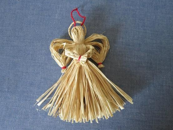 I made this charming raffia angel ornament for Miss Abigail's hope chest last year. But, because of stormy weather, I couldn't get t...
