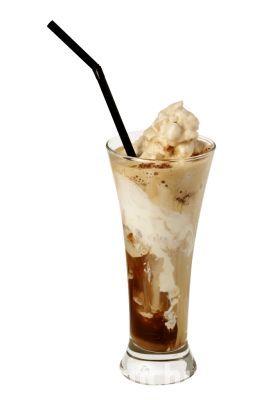 Ľadová káva so zmrzlinou