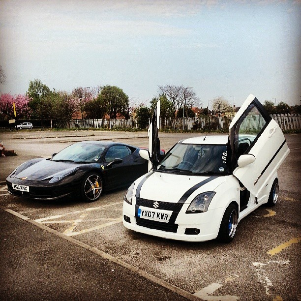 Suzuki vs Ferrari? hmm thats a tough choice! which would you have?...Suzuki without a doubt :D