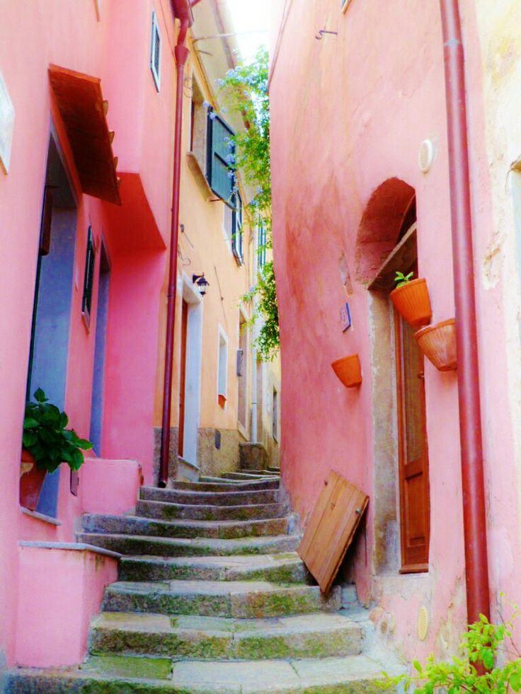 Vicolo Isola D'Elba, Toscana, Italy