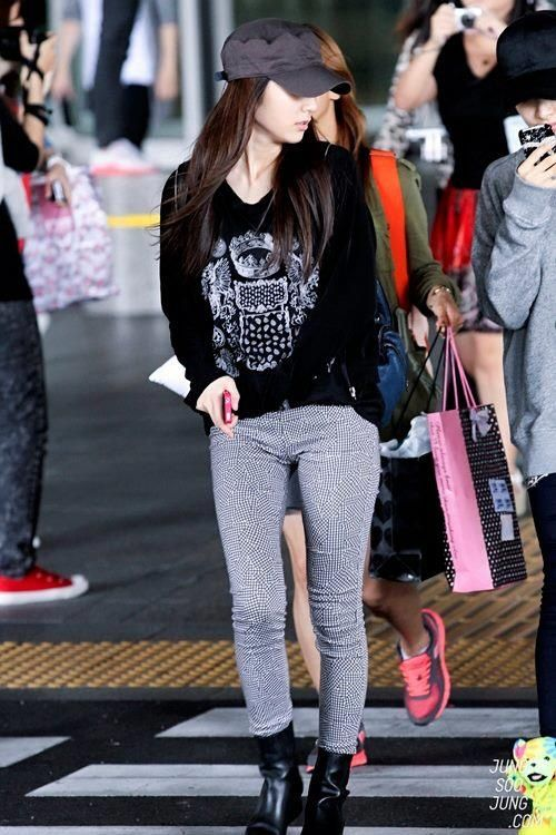 17 Best Images About Jessica Jung And Krystal Jung On Pinterest Yoona Incheon And Kpop